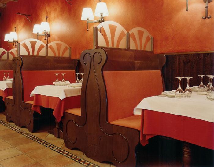 Restaurante casa marieta for Sillones de cocina